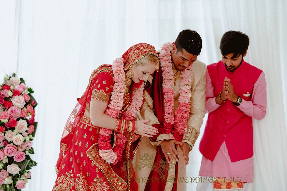Fresh Flowers Wedding Garlands For Your Indian Wedding In Italy